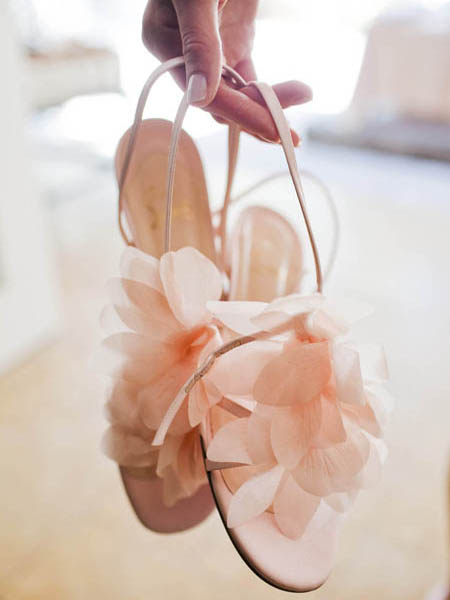 ADominickEvents_BeachWeddingShoes