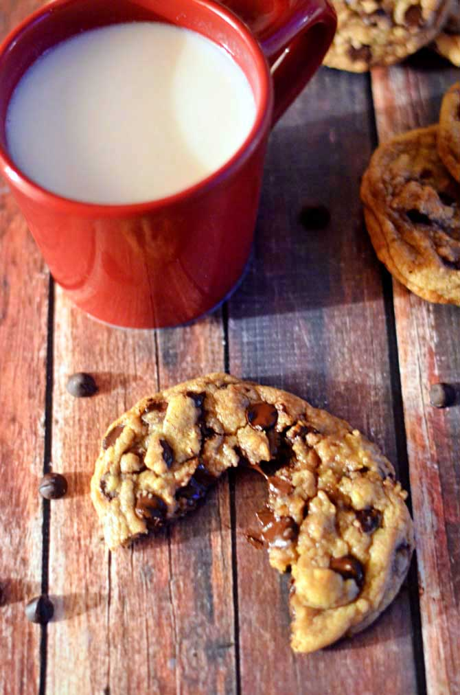 Best-Chewy-Cafe-Style-Chocolate-Chip-Cookies12